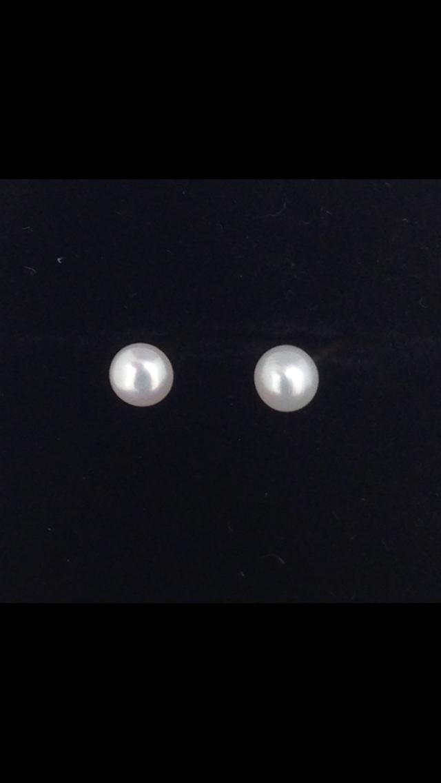 Boules d'oreilles puce perles or 18 carats