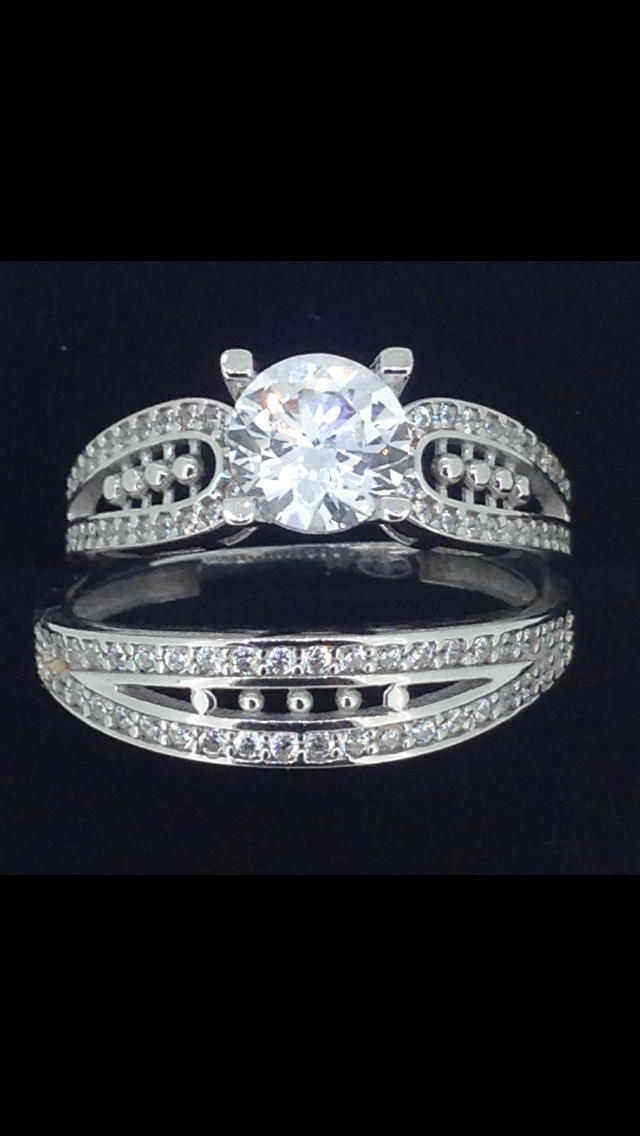 Solitaire & alliance or blanc 18 carats oxydes