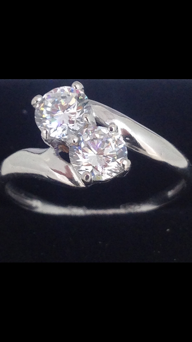 bague or blanc 18 carats oxydes