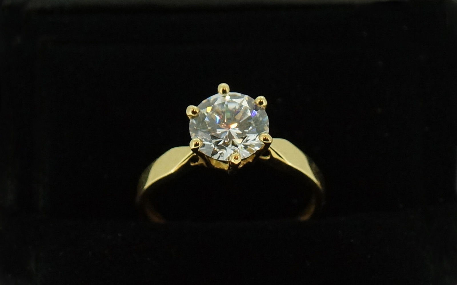 Bague Or 18 Carats Oxyde 6 Griffes