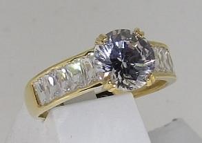 bague or 18 carats oxydes de zirconium
